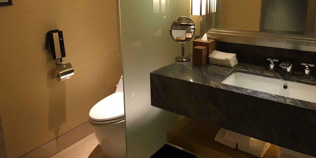 トイレ探しに必要なアプリ「トイレ情報共有マップくん」