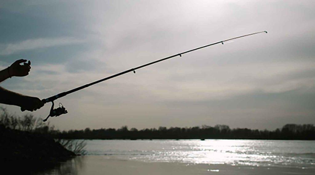 休日の釣りの相方は「釣りスポット情報共有マップくん」