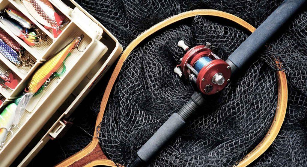 福岡で釣りを楽しむ相棒は「釣りスポット情報共有マップくん」