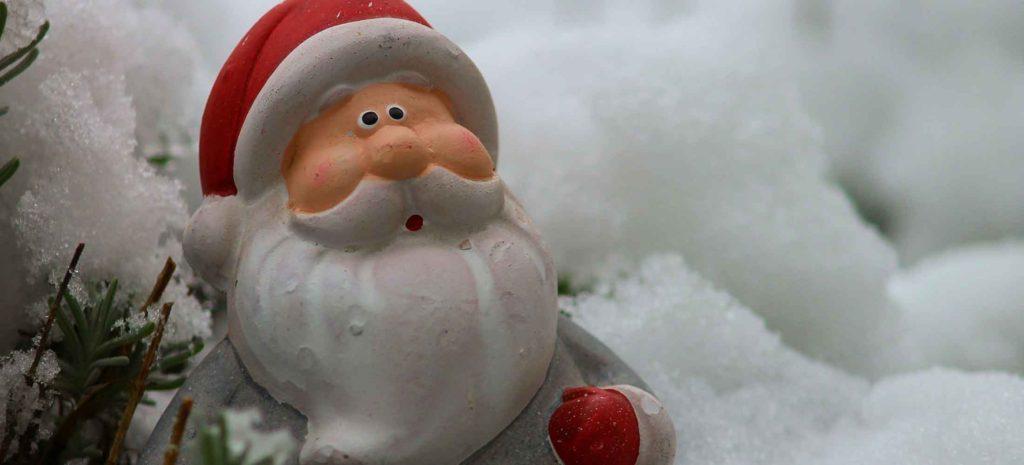 メリークリスマス!サンタさんも入りたい温泉を見つける「温泉情報共有マップくん」